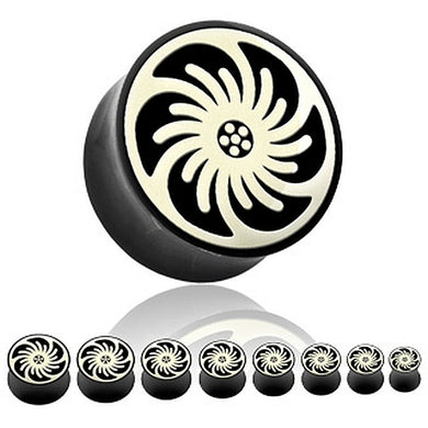 Tunnel Plugs aus Horn mit Tribal Spirale Swirling Flower