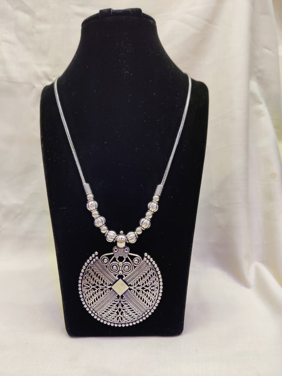 MK Jewellers Heritage Style Round Shape Pendent Chain Necklace