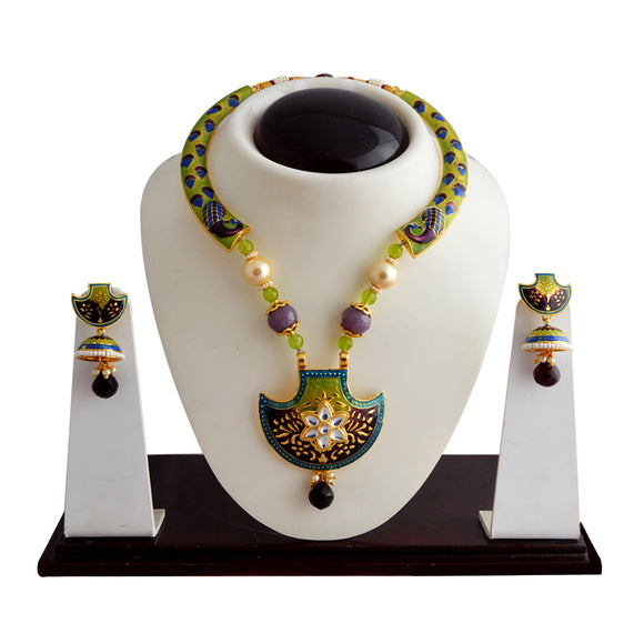 Kundan And Meenakari Traditional Pendant Necklace Set With Earrings For Women