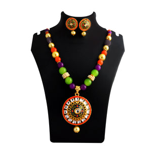 Kundan Meenakari Round Shape Pendent Necklace Set With Earrings For Woman