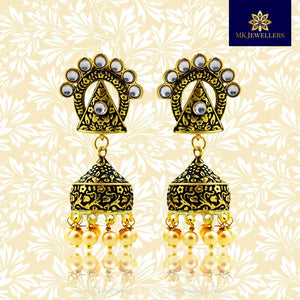 Kundan Mate Jhumki Earrings Triangular Pattern Black