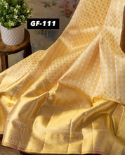 Load image into Gallery viewer, SOFT LICHI SILK CLOTH SAREE WITH ZARI BLOUSE PIECE