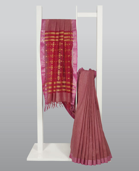 Light Coral Silk Handloom With Contrast Woven Pallu Saree