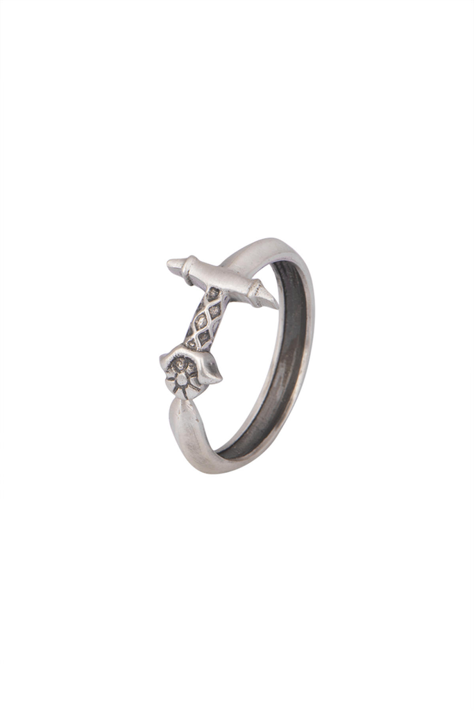 The Oathkeeper ring Silver