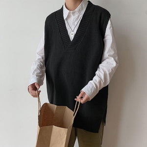 Sweater Vest Men Solid V-neck Shrug Chic Stylish Sleeveless Mens Vests Streetwear Korean Style Simple All-match Knitted Couples