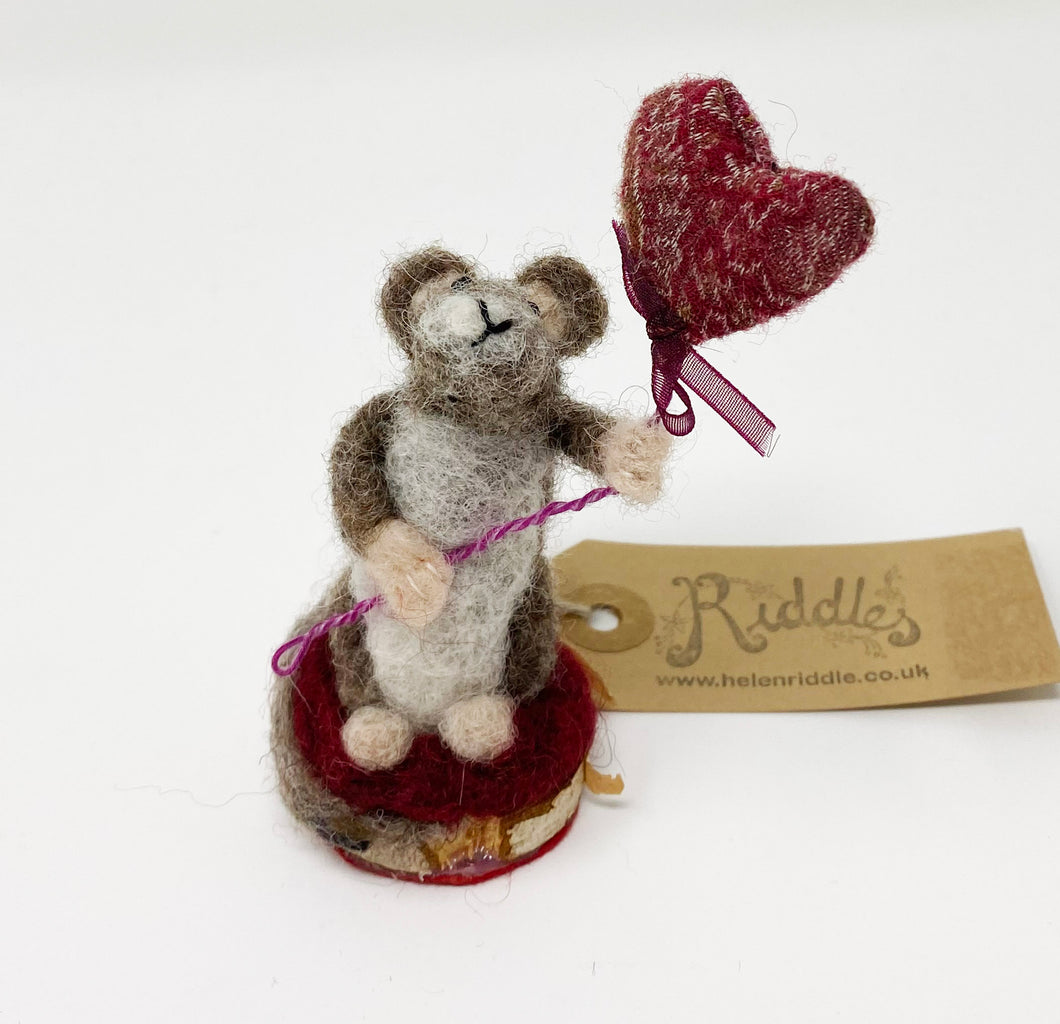 Felt Mouse with Heart Balloon by Helen Riddle
