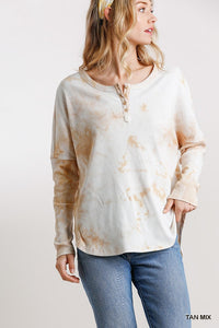 Tie Dye Round Neck Ribbed Button Front Top With Round Hem