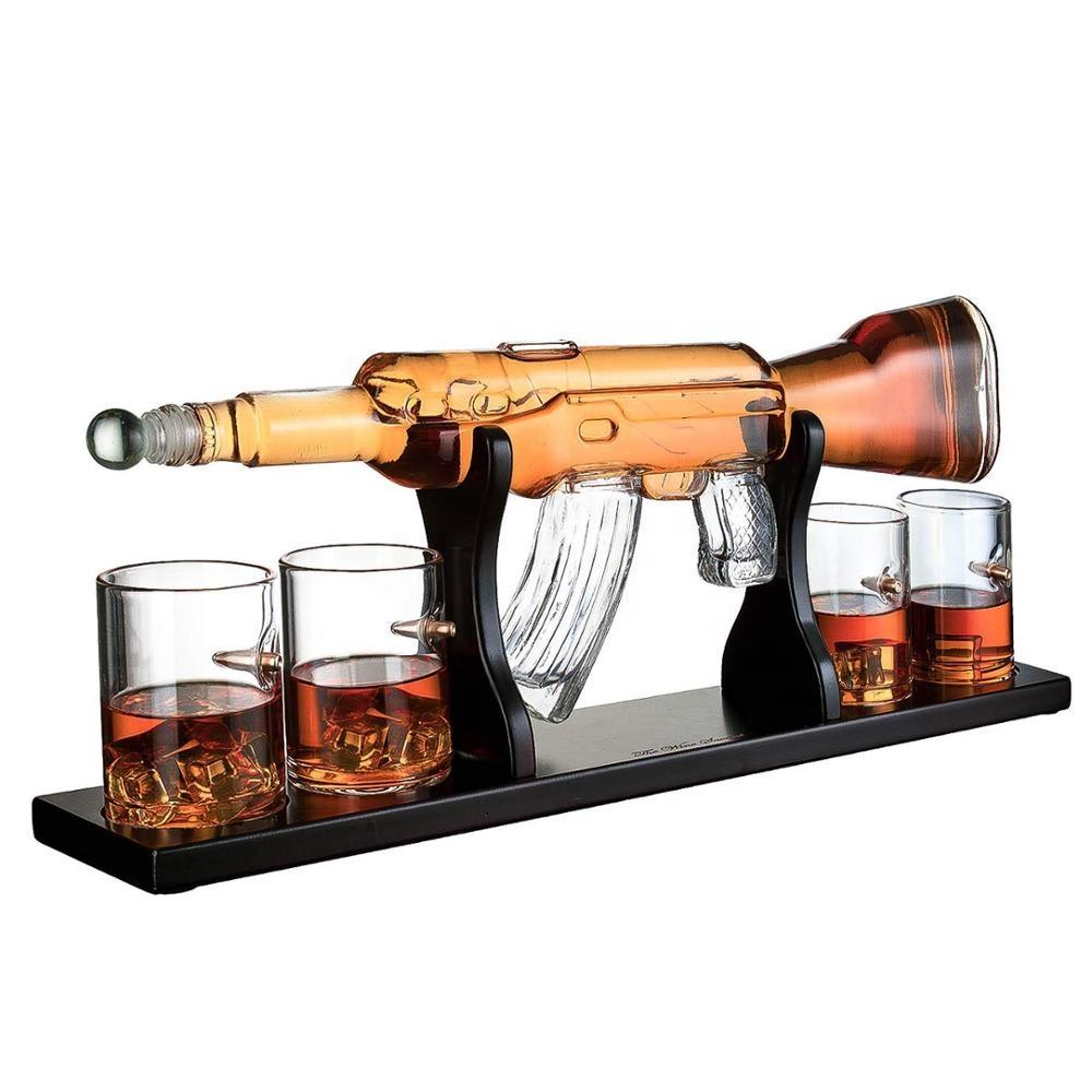 Luxury Whiskey Decanter Set with Wooden Base 1000ml