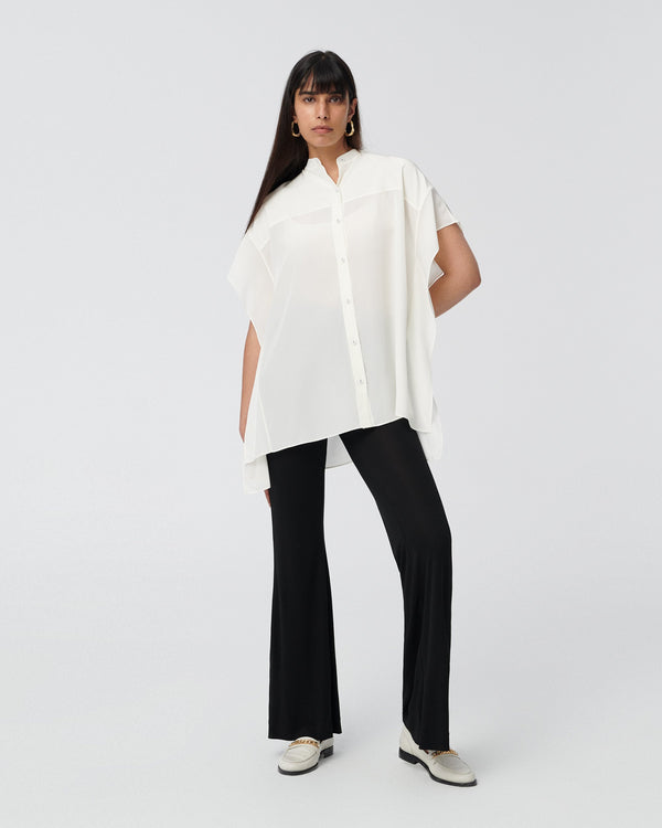 Sleeveless Collared Button Down in Ivory