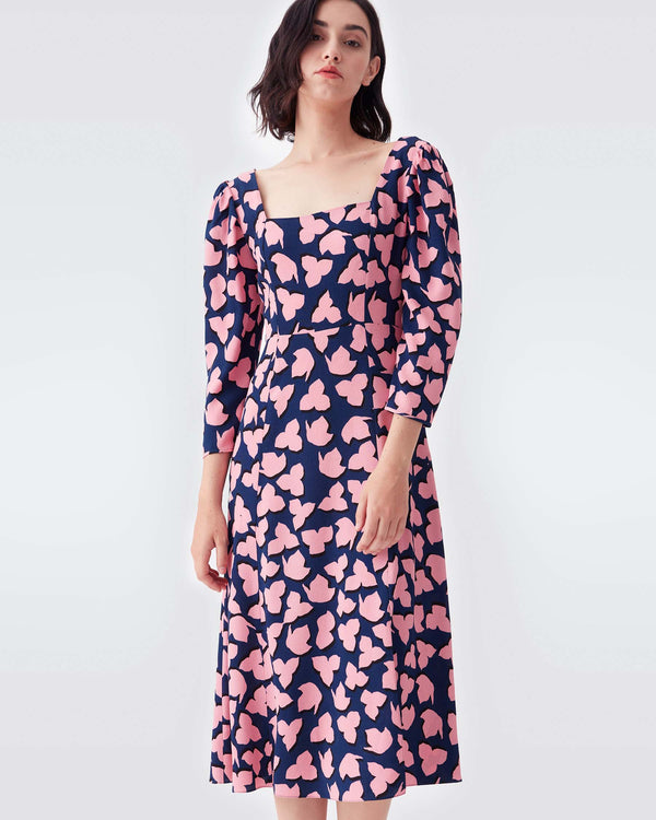 Joanna Crepe Midi Dress in Leaf Shadow