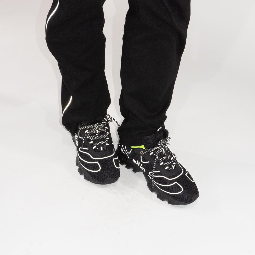Tennis Shoes Black/Reflective