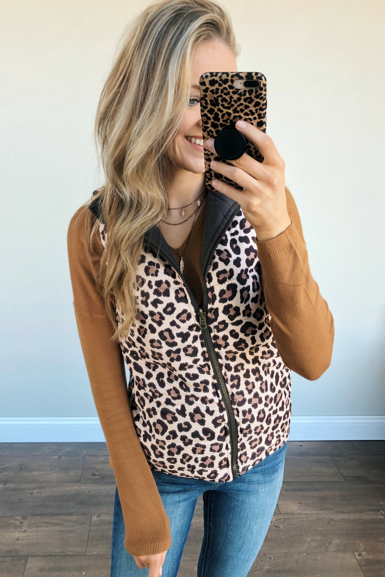 Pulse Exclusive Reversible Vest- Leopard & Dark Chocolate