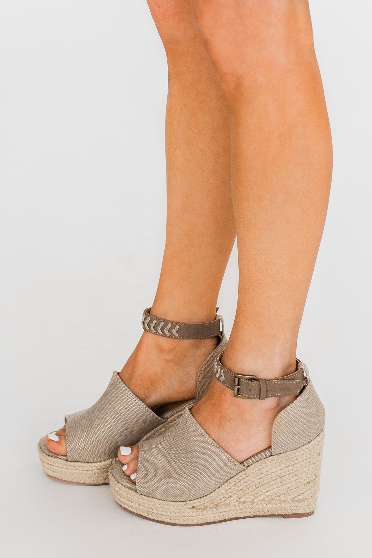 Not Rated Leif Wedges- Taupe
