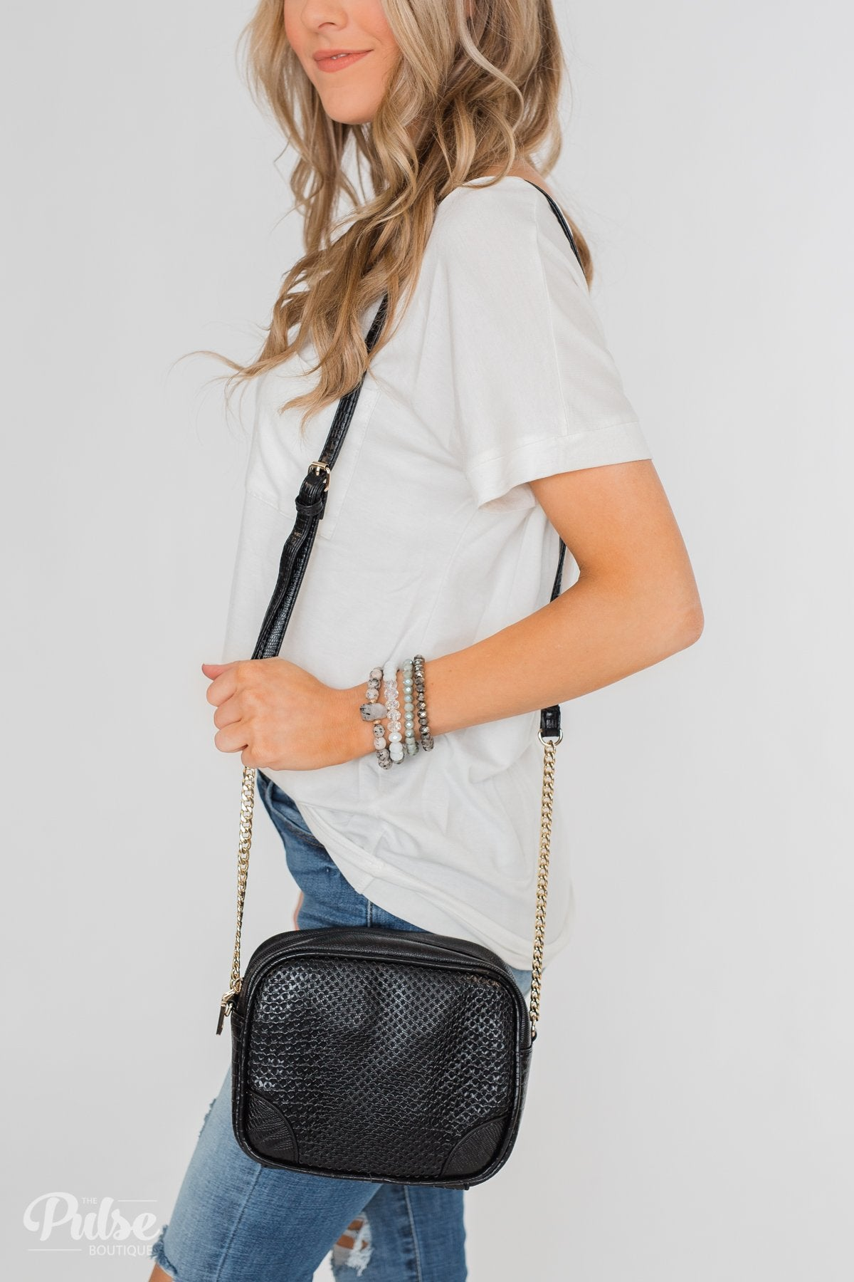 Essential Crossbody Purse- Black