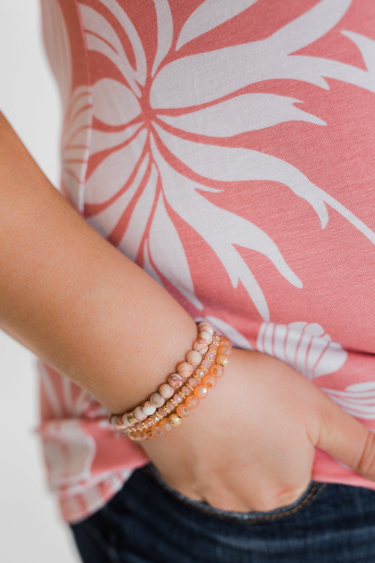 Only Chic Beaded Bracelet Set- Pink & Gold
