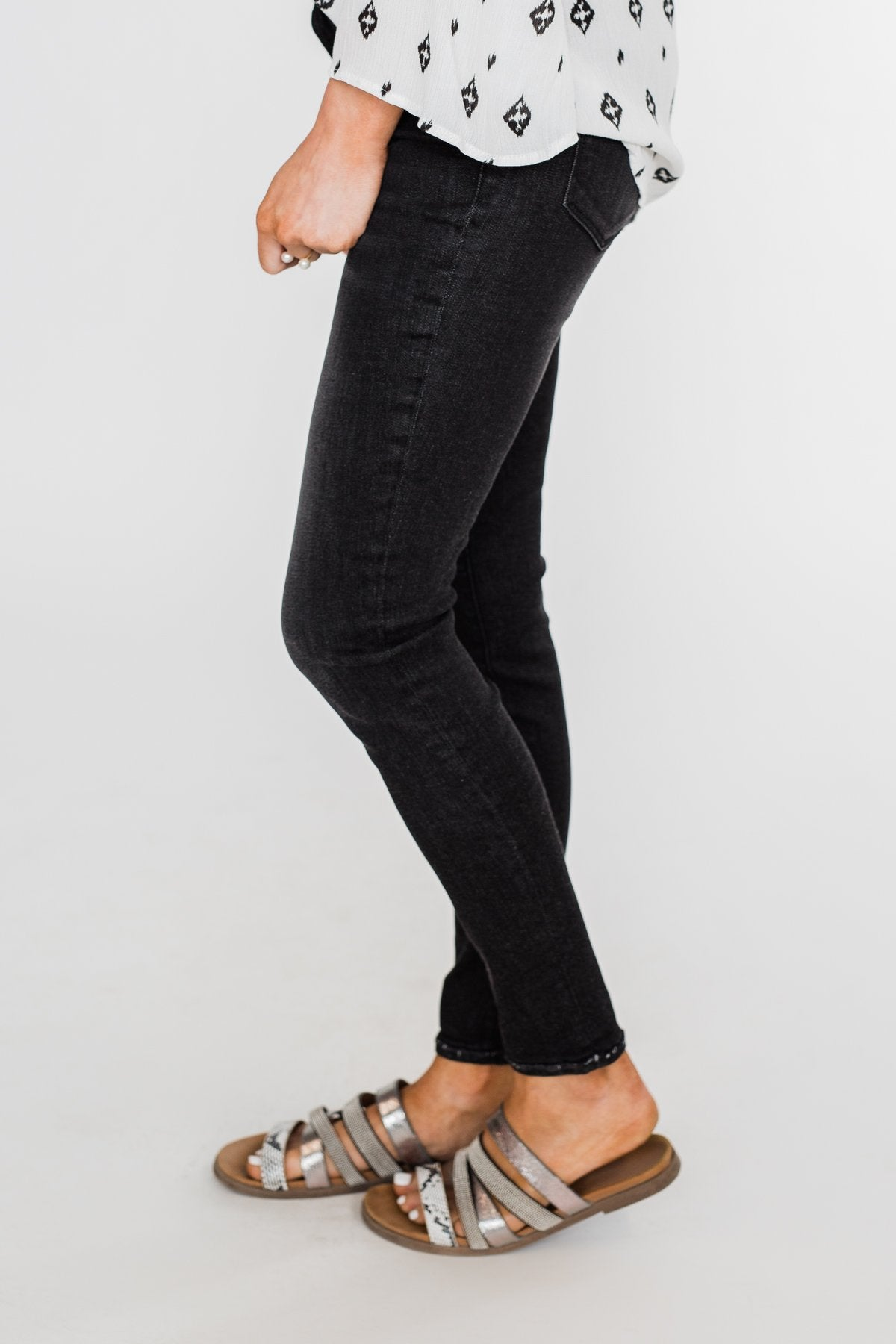 Sneak Peek Vintage Black Jeans- Josie Wash