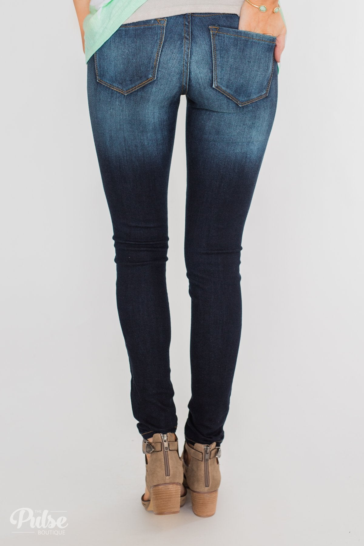 Kan Can Non-Distressed Jeans- Alicia Wash