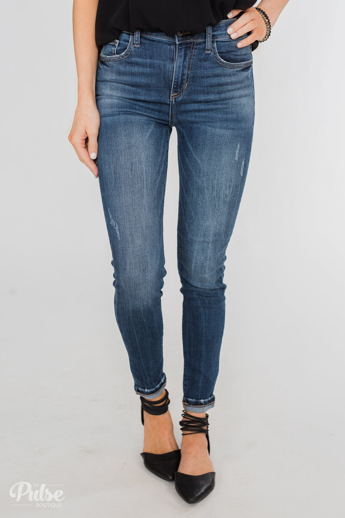 Sneak Peek Jeans- Lainey Wash