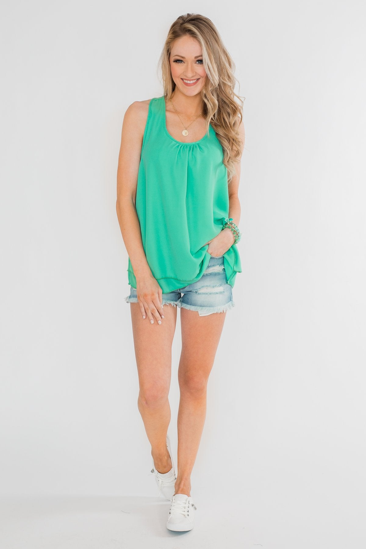 29f86ad8d2a999 Happy Days Racerback Ruffle Tank Outfit – The Pulse Boutique