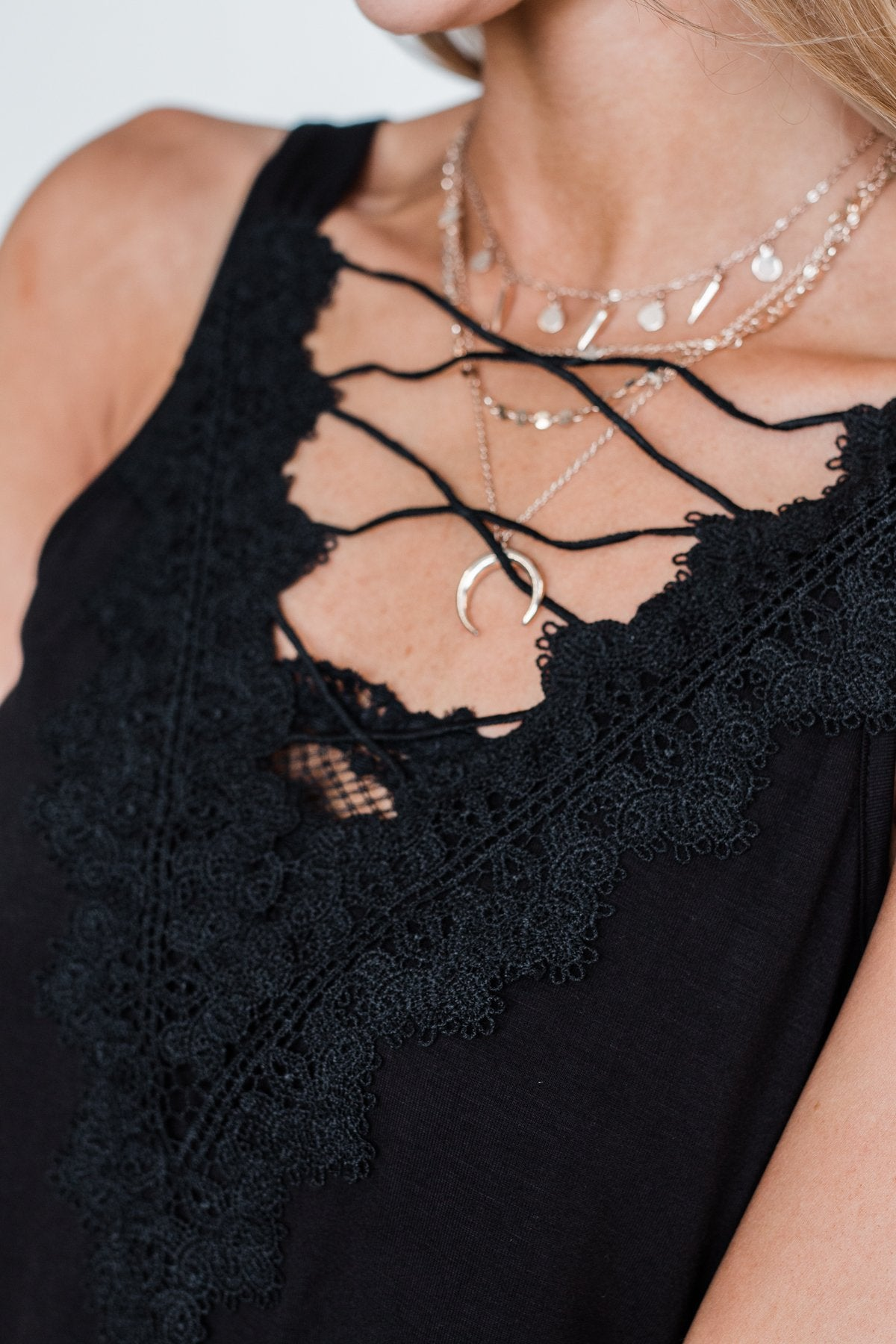 Front Lace Criss Cross Tank Top- Black