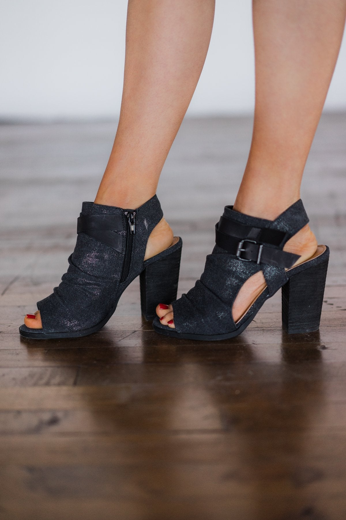 Meson Booties - Black