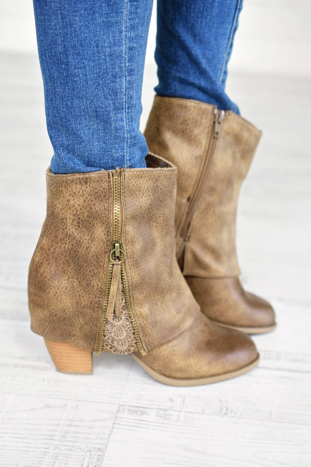 Summer Booties ~ Taupe