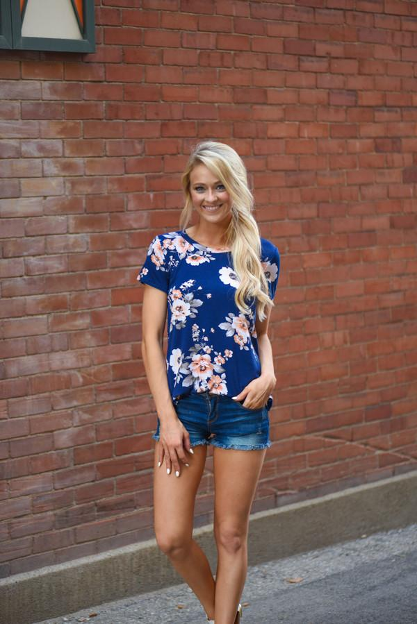 Mix It Up Floral Top Navy