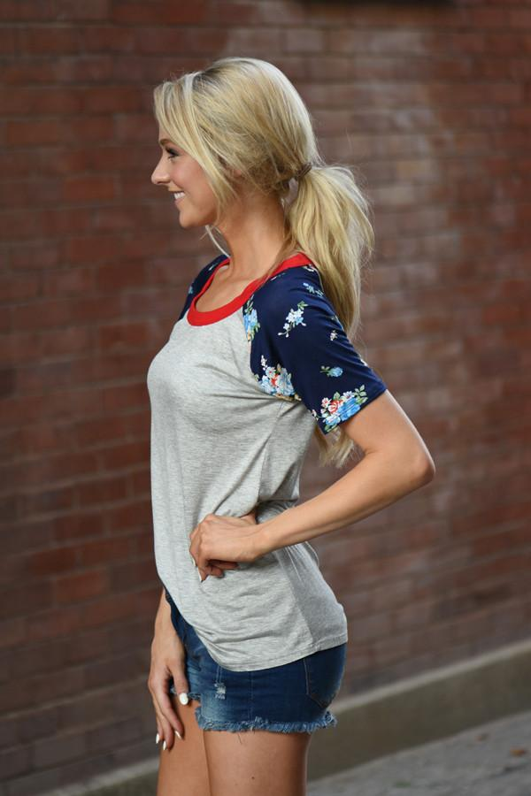 Collar Full of Color Floral Top ~ Red