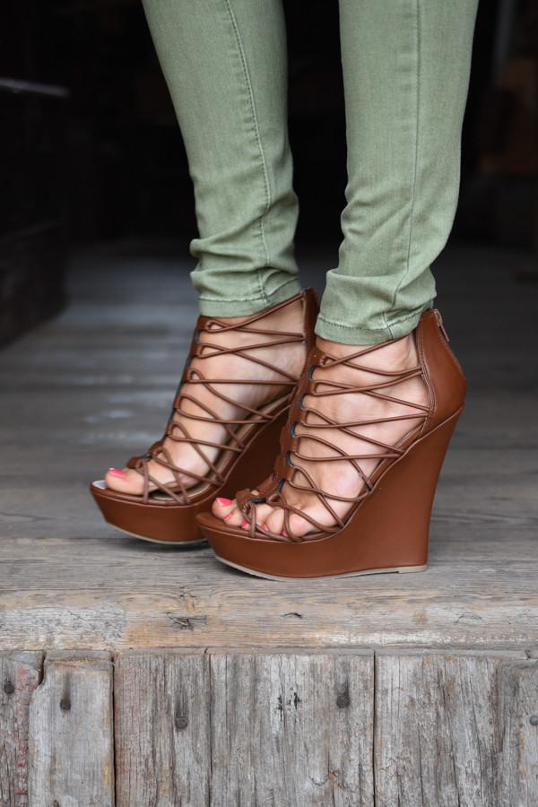 Sky is the Limit Wedges ~ Brown
