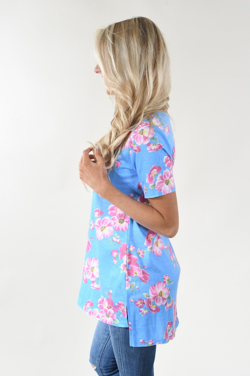 Hawaiian Fun Floral Top - Light Blue