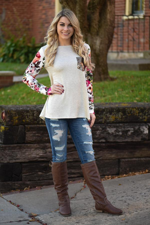 Floral Glam Pocket Top ~ Ivory