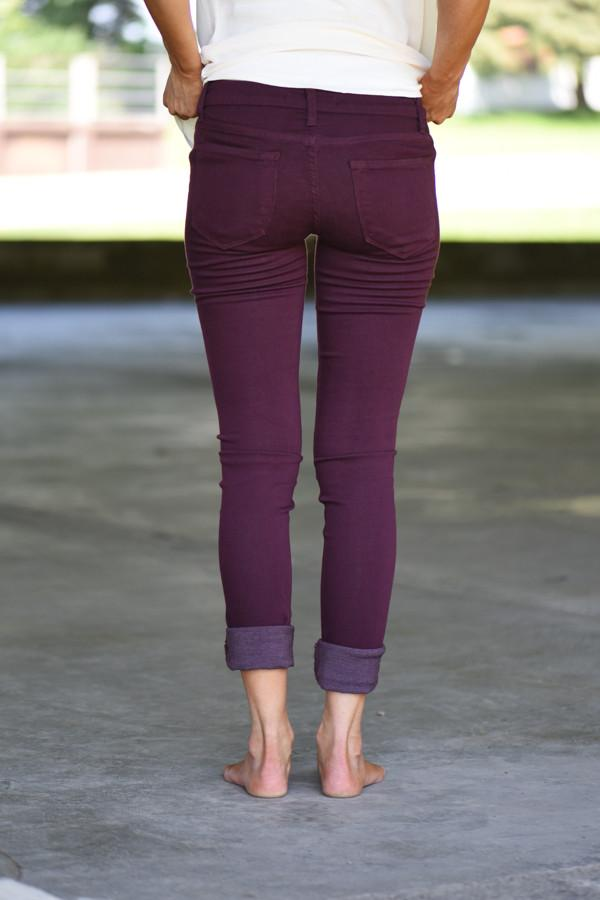 Kan Can Distressed Jeans ~ Burgundy