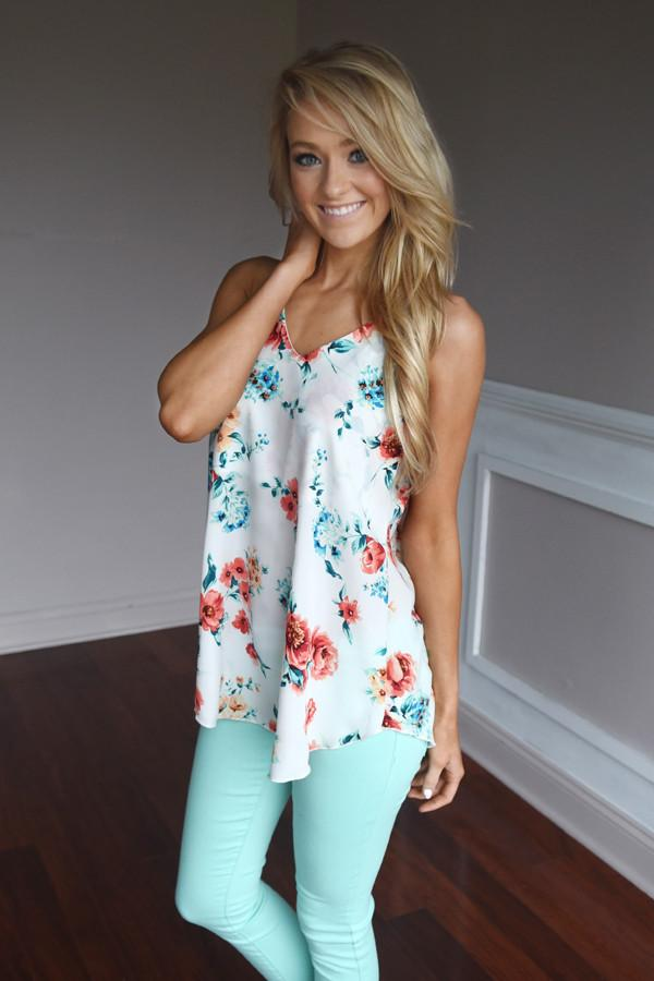 Early Bird Floral Top ~ Ivory