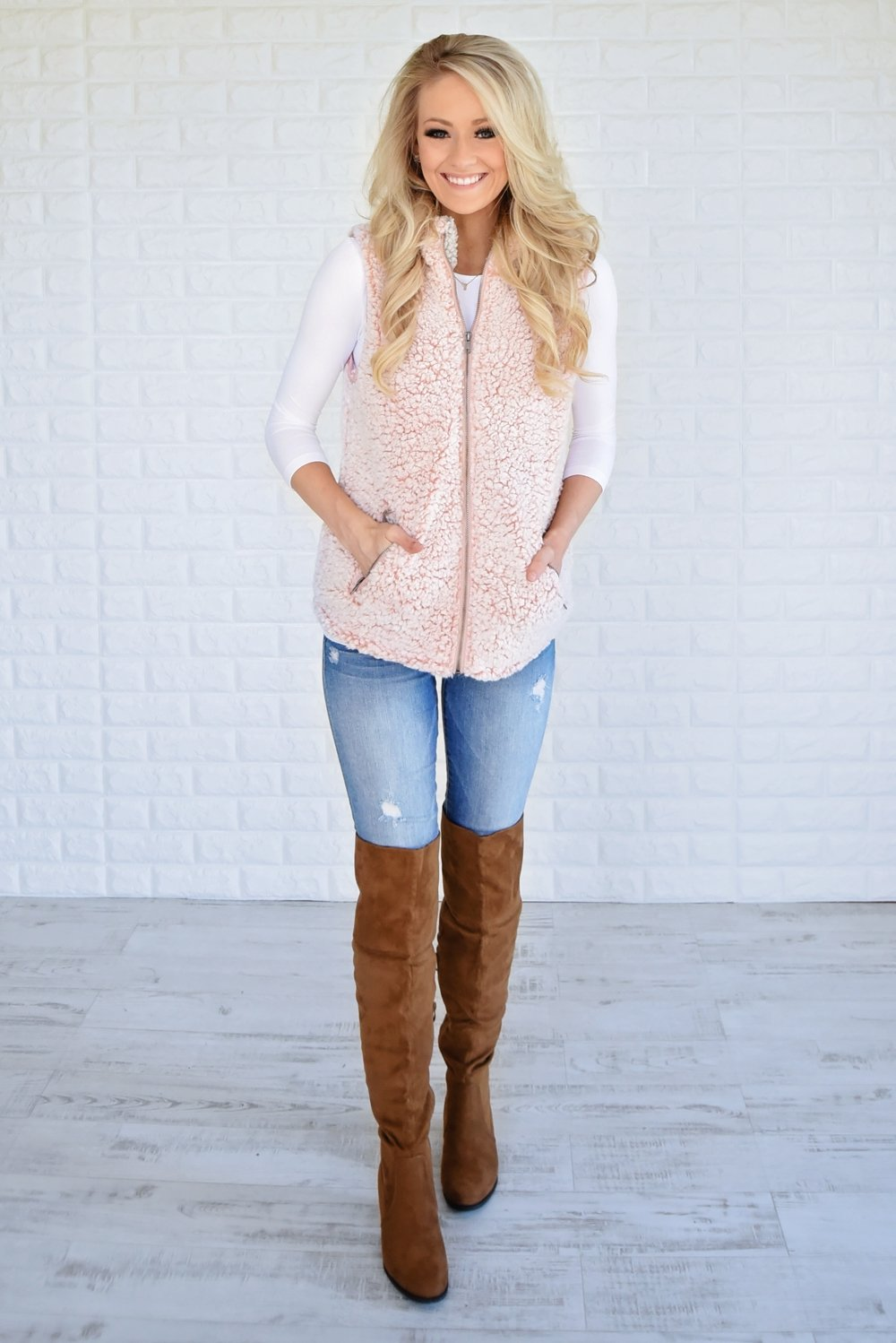 The Ultimate Sherpa Vest ~ Light Pink