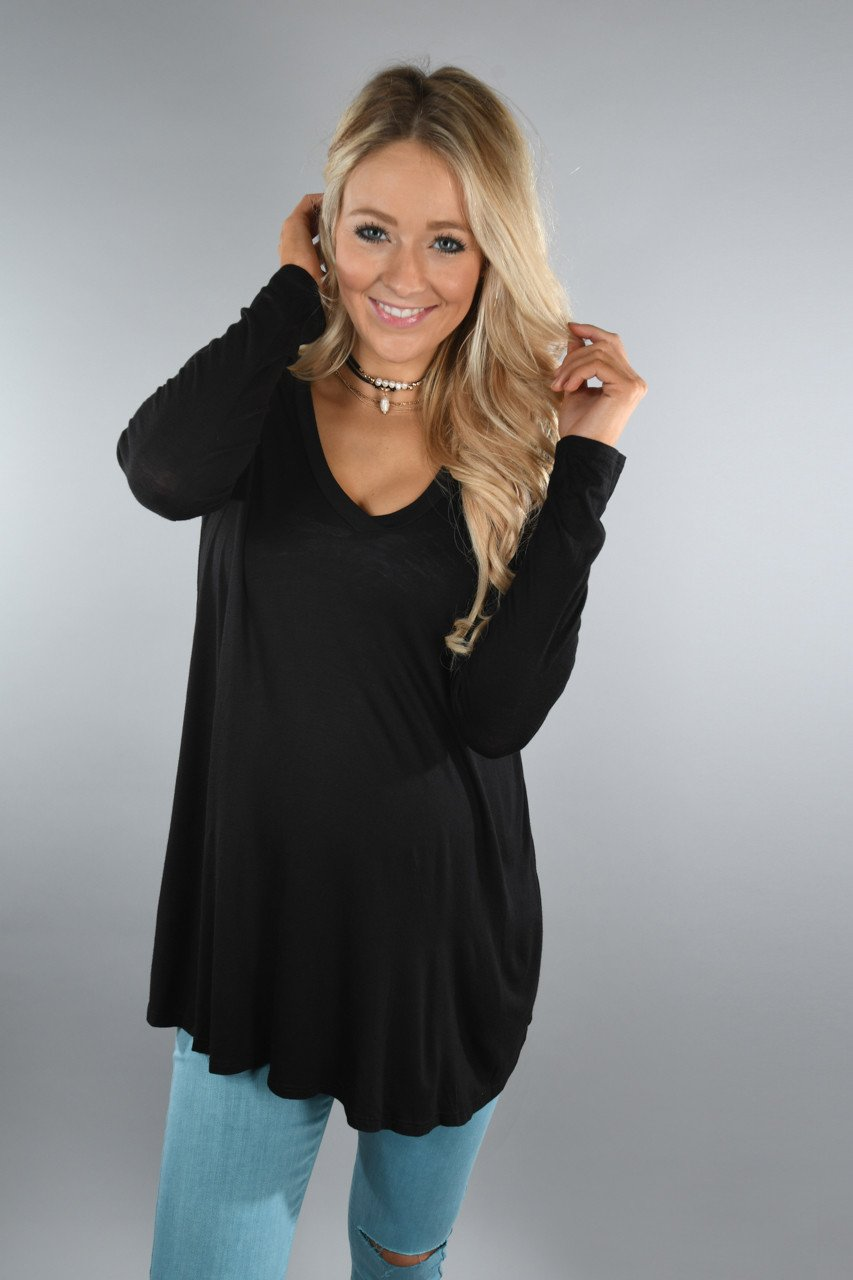 Essential V-Neck Top Black