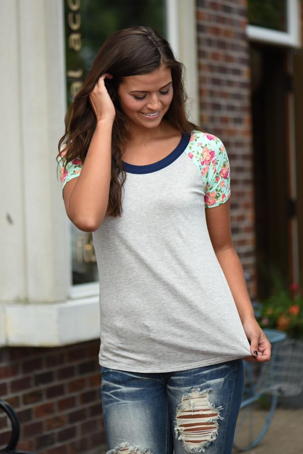 Collar Full of Color Floral Top ~ Grey & Mint