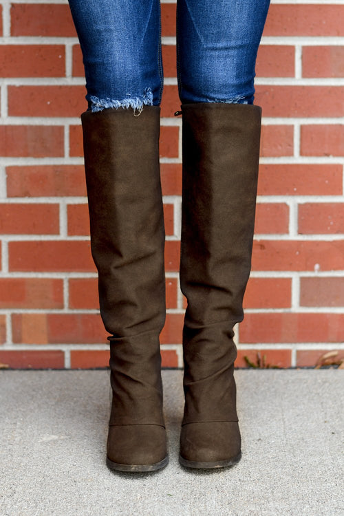 Dundee Boots ~ Chocolate