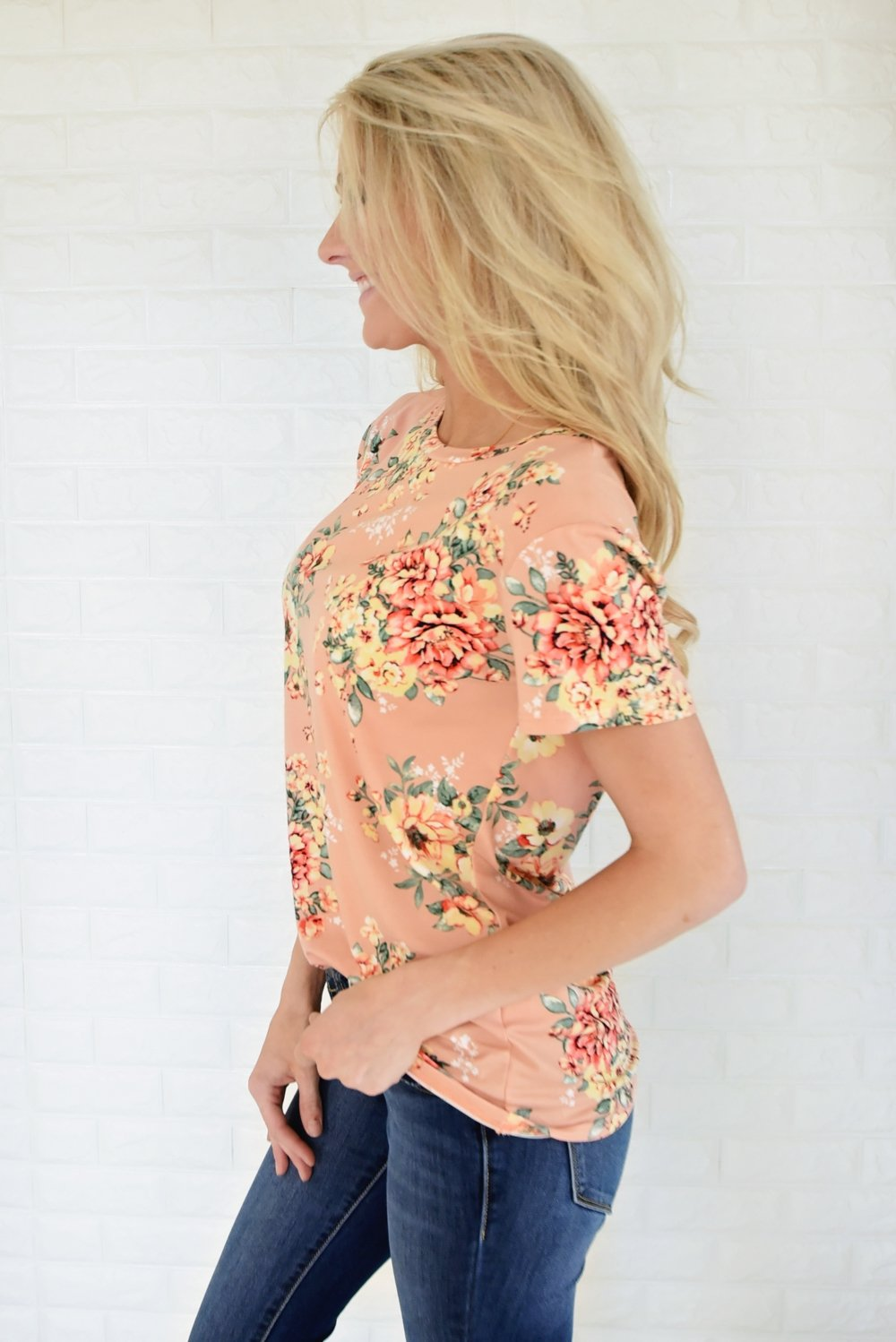 Beautifully Blooming Top ~ Peach
