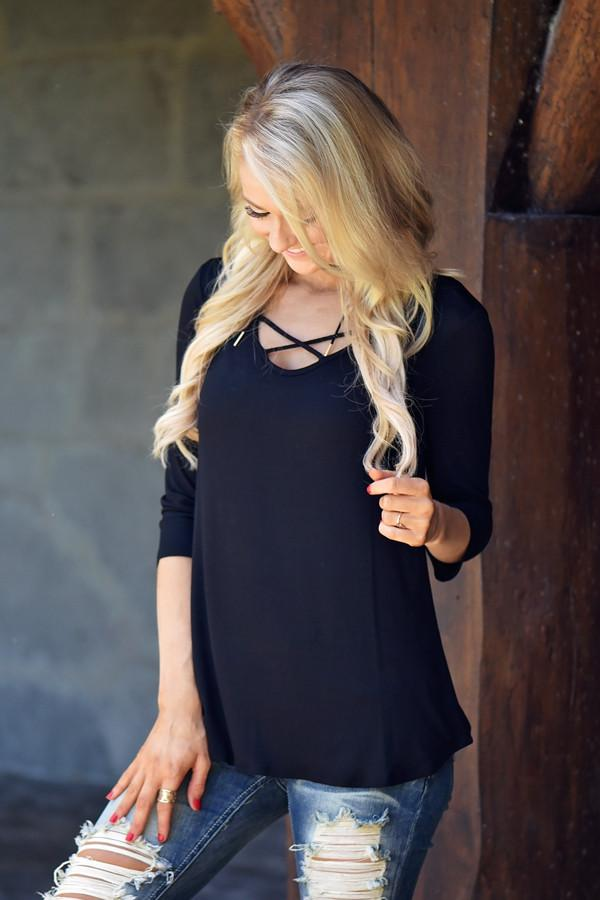 Criss Cross My Heart Top - Black