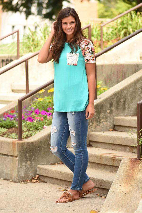 Crochet Pocket Floral Top ~ Teal