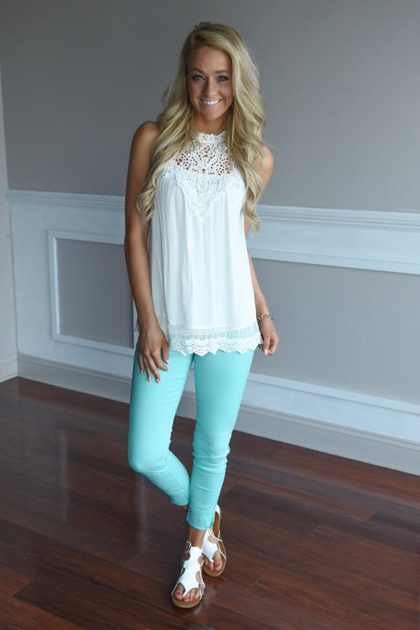 Fun Seeker Top ~ White