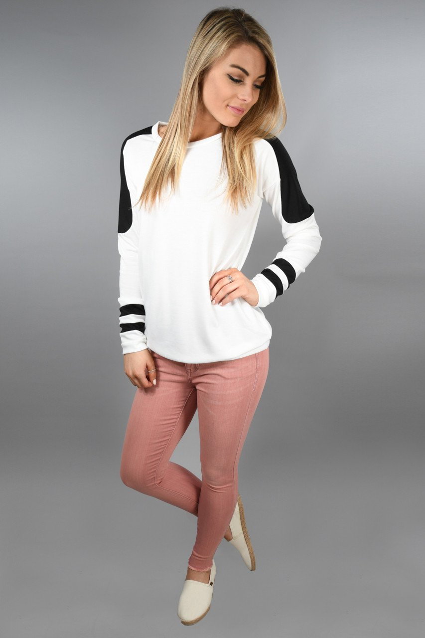 Sporty & Casual Top ~ Ivory