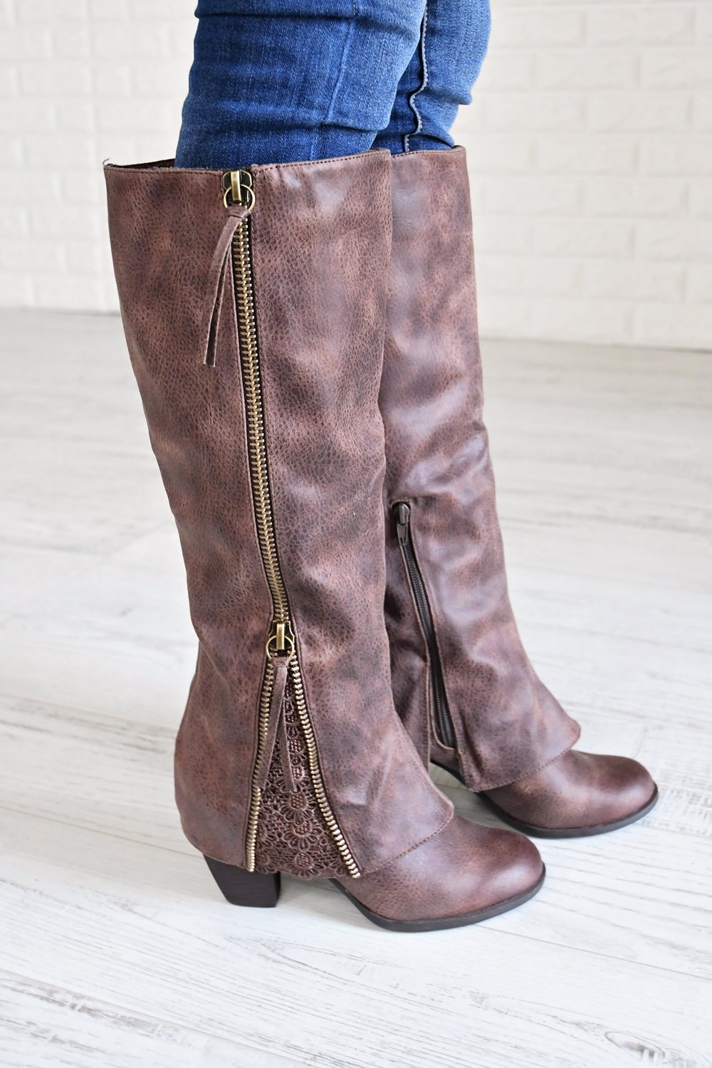 Sassy Girl Boots ~ Brown