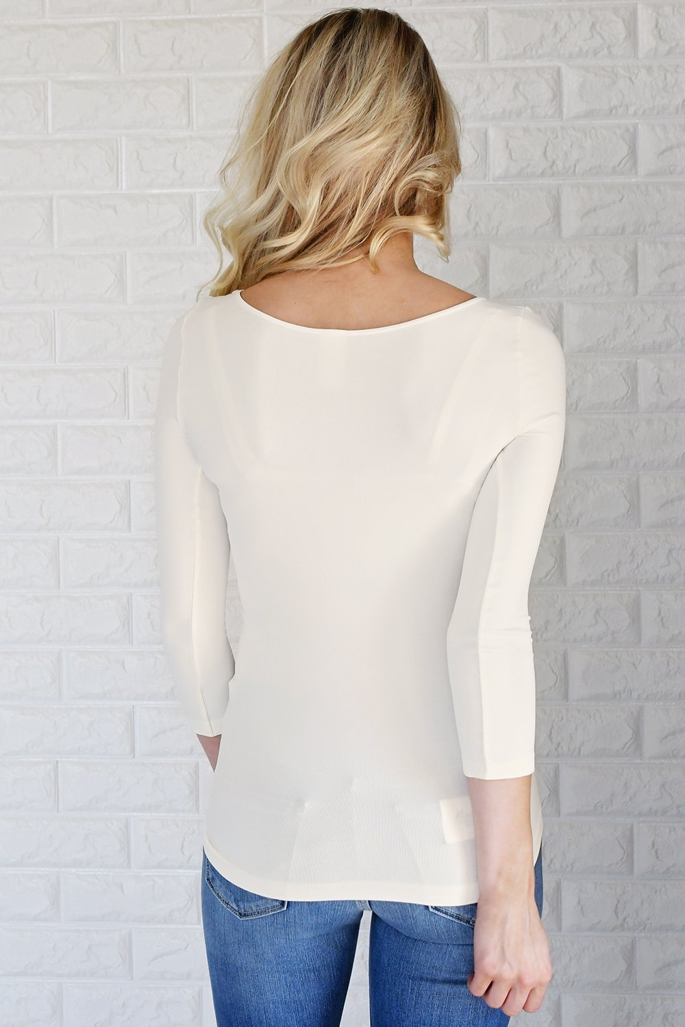 Essential 3/4 Sleeve Seamless Top ~ Cream