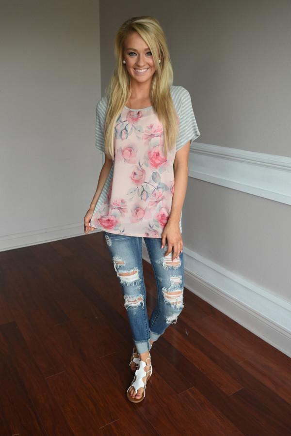 Be Unique Floral Top