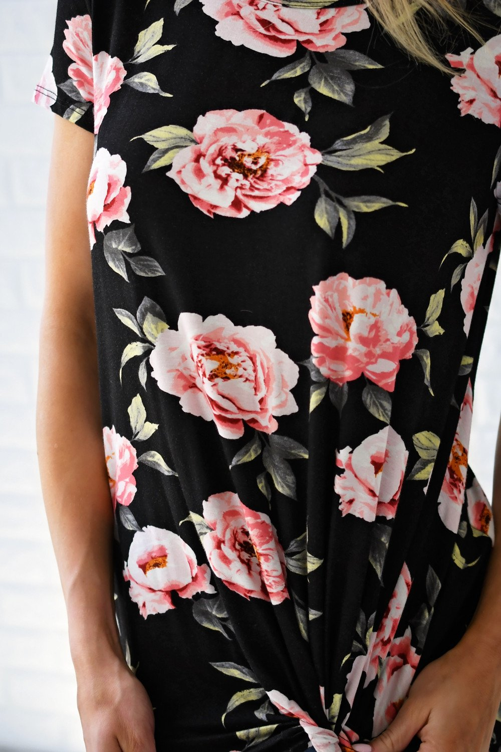 Everyday Beauty Floral Top ~ Black