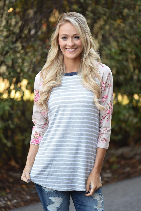 Crowd Pleaser Floral Top ~ Pink & Grey