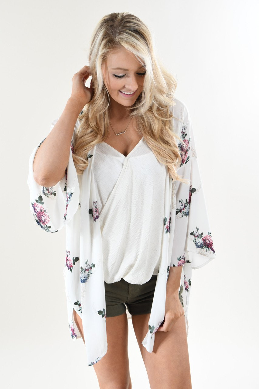 72157a6c6 Ivory Floral Skull Kimono – The Pulse Boutique