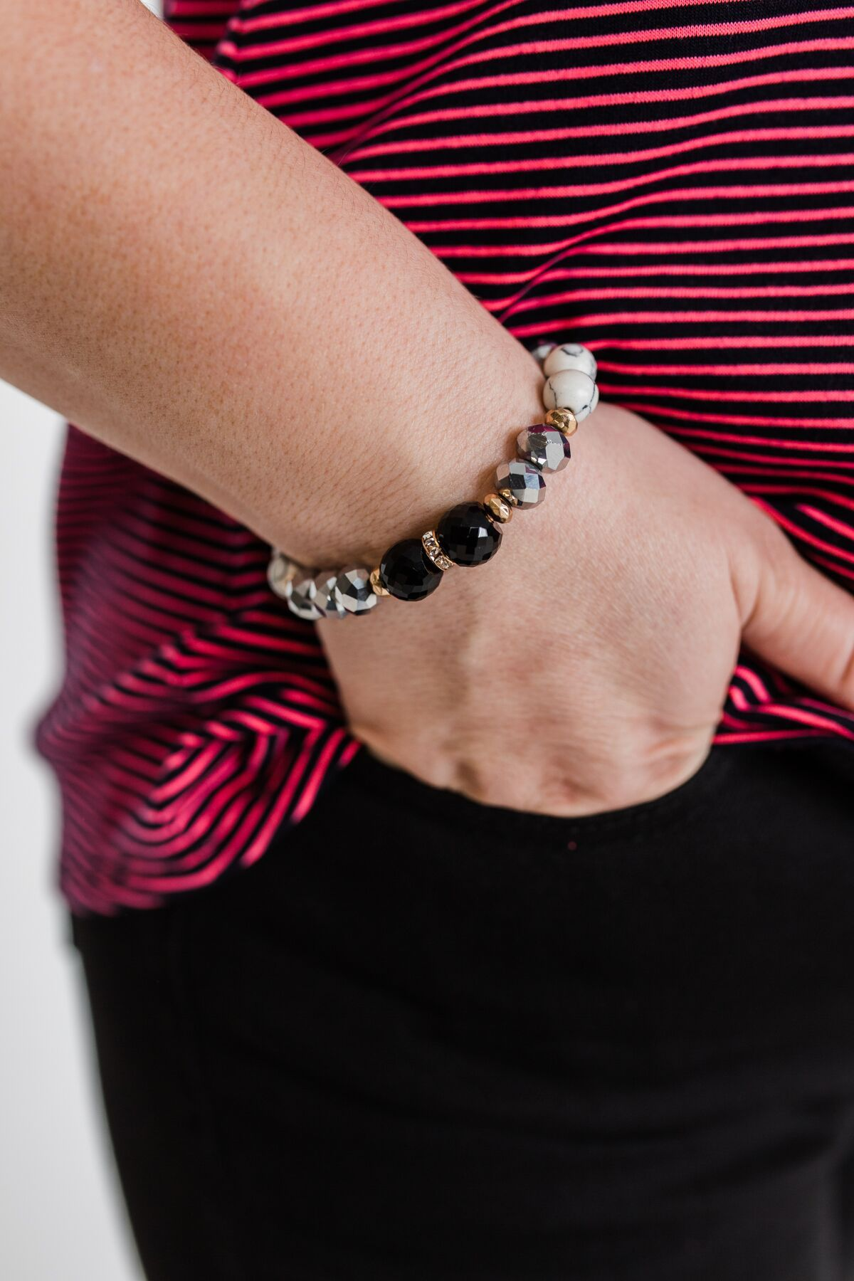 Single Gold Stud Beaded Bracelet- Black & Marble