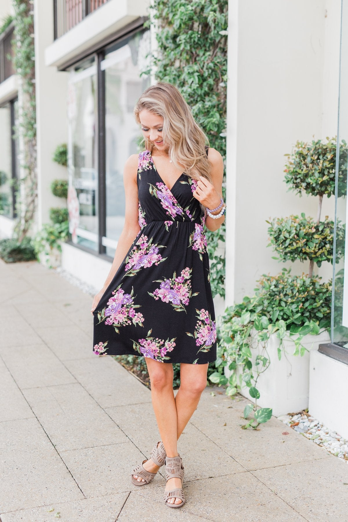 Blooming Beauty Sleeveless Floral Dress- Black